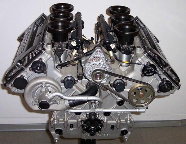benzin-motor